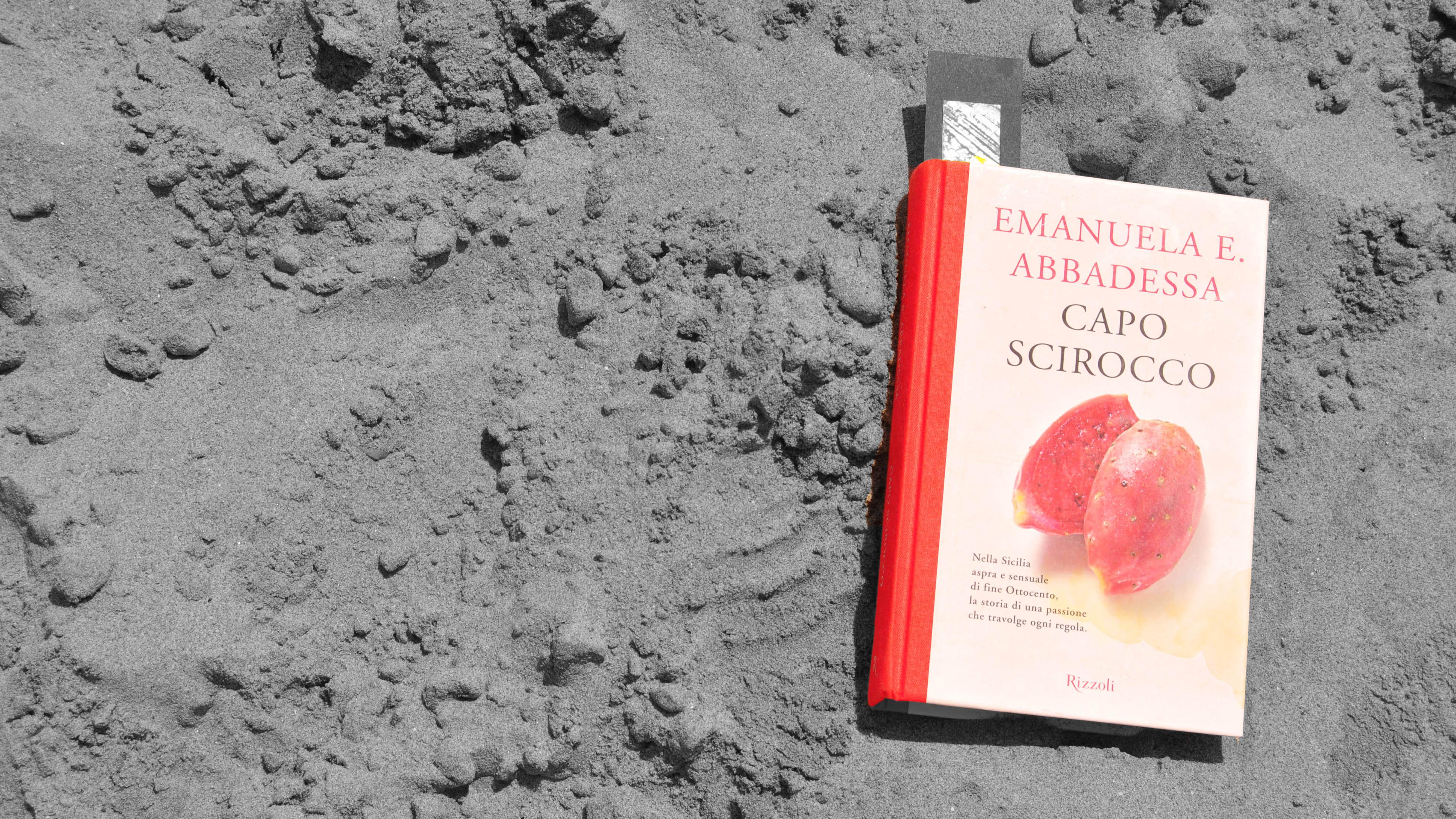 Capo Scirocco, romanzo d'esordio dell'autrice