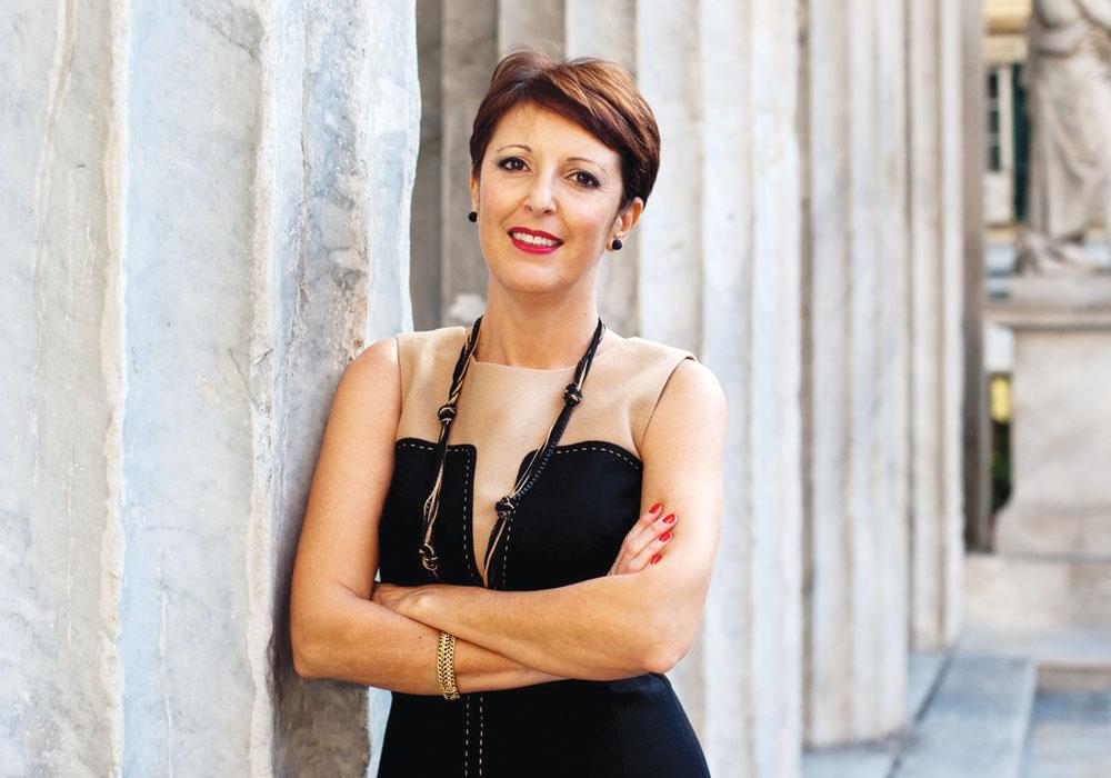 L'autrice Emanuela Ersilia Abbadessa