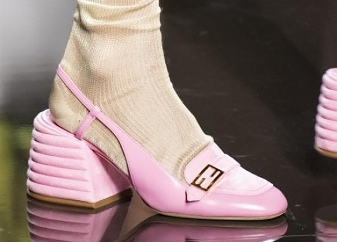 Scarpe di Fendi, rigorosamente in rosa - Milano Moda