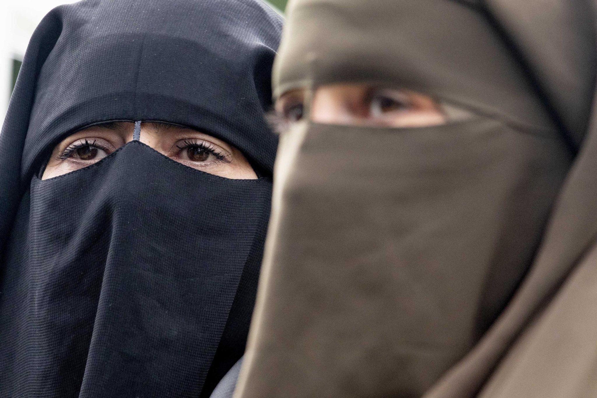 Reintroduzione del burka